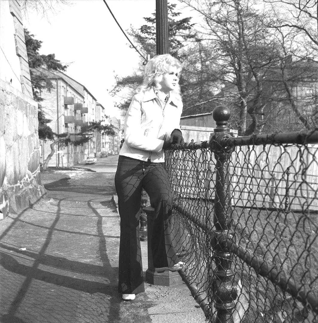 """""""ungdom från 1972"""" – foto med tonåring"""